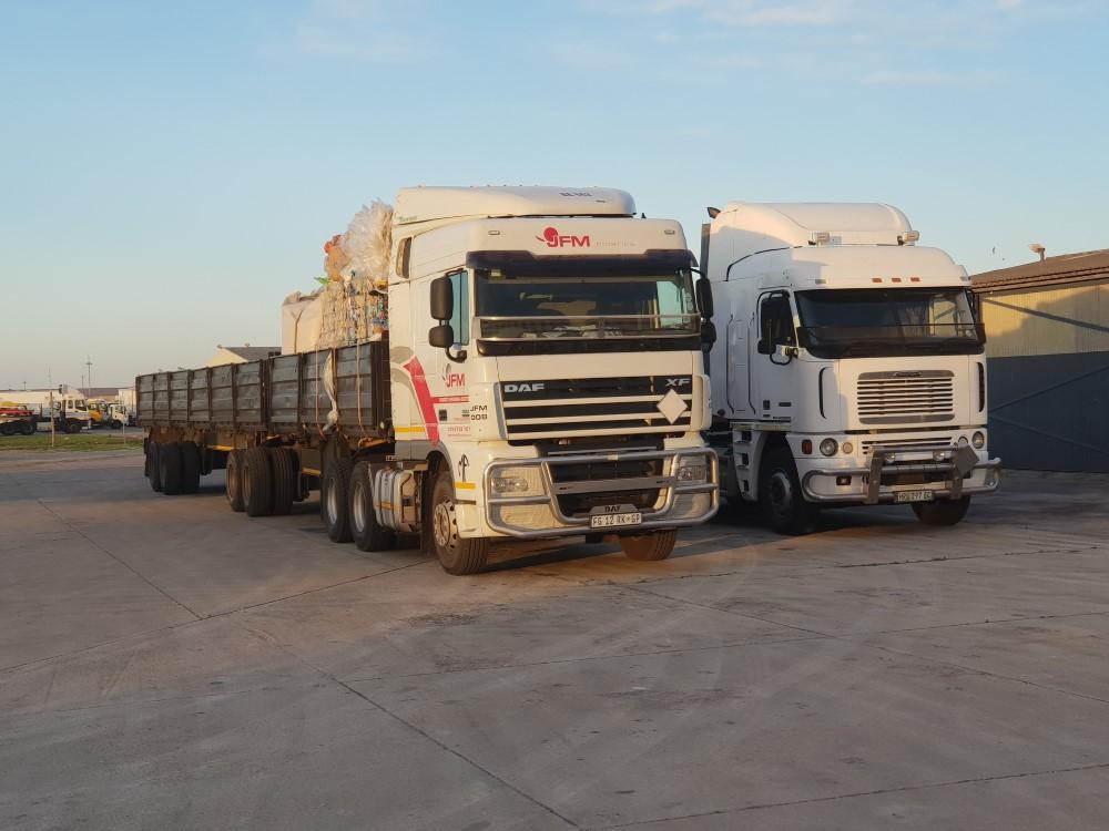 Import Container Unpacks Port Elizabeth